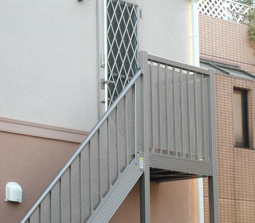 アルミ階段1